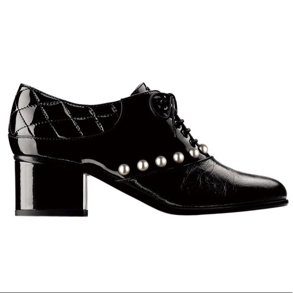 chanel lace up oxfords